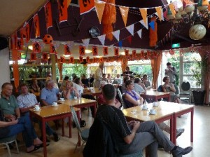 """Verenigingsbijeenkomst in het clubhuis van de volkstuinenpark """"de Bongert"""""""